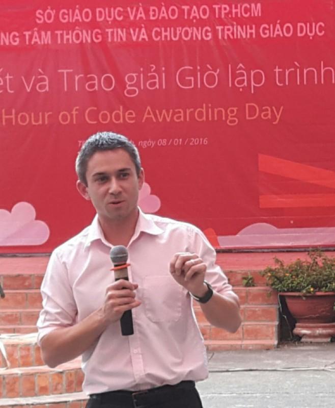 Jeremy Showalter giám đốc tiếp thị Micrsoft Việt Nam